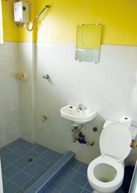 菲律宾游学-碧遥-JIC-宿舍厕所