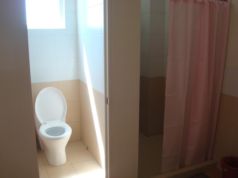 菲律宾游学-宿雾-CDU-宿舍卫浴