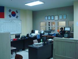 菲律賓遊學-宿霧-CDU-辦公室