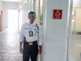 菲律賓遊學-巴克羅-ILP-警衛