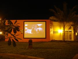 菲律賓遊學-巴克羅-OKEA-電影欣賞